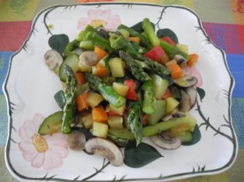 Vegan : Bunte Gemüse - Pfanne gedünstet - Rezept