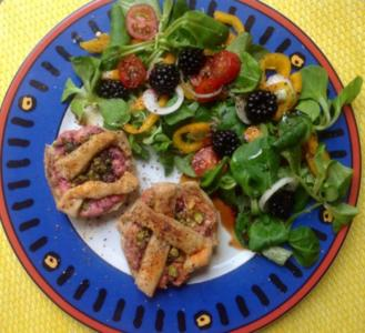 Muffins mit Ziegenkäse und Feldsalat - Rezept