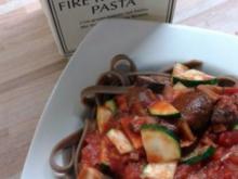 """Fire roasted Pasta"" mit Gemüse-Tomatensauce - Rezept"