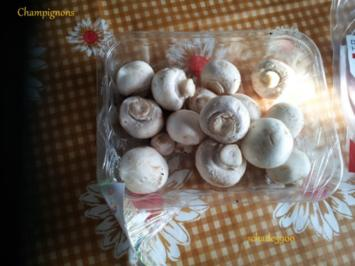 Pfannengerichte: Rührei gepaart mit Champignons und Kochschinken - Rezept
