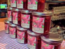 Erdbeermarmelade mit Brandy und Tonkabohne - Rezept