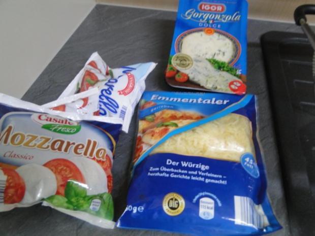 Traumpizza mit allen Köstlichkeiten die ich mag. Bitte durchlesen - Rezept - Bild Nr. 4