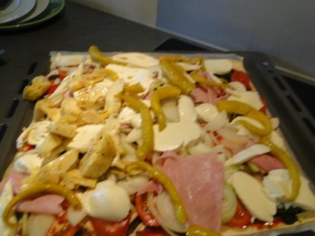 Traumpizza mit allen Köstlichkeiten die ich mag. Bitte durchlesen - Rezept - Bild Nr. 15
