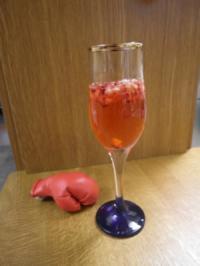 Granatapfel-Prosecco mit Minze - Rezept