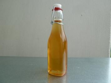 traumhafter Holunderblüten-Sirup - Rezept