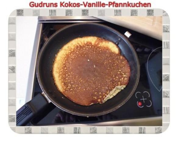 Kuchen: Kokos-Vanille-Pfannkuchen mit Honig und Erdbeermarmelade - Rezept - Bild Nr. 13