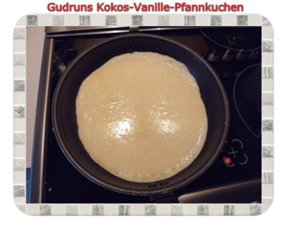 Kuchen: Kokos-Vanille-Pfannkuchen mit Honig und Erdbeermarmelade - Rezept - Bild Nr. 16