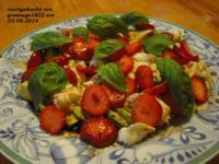 Avocado-Erdbeersalat mit Büffelmozzarella - Rezept - Bild Nr. 10