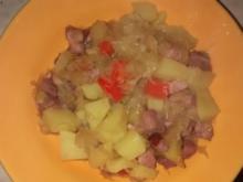 Sauerkrautpfanne mit Kassler, Ananas u.Paprika - Rezept
