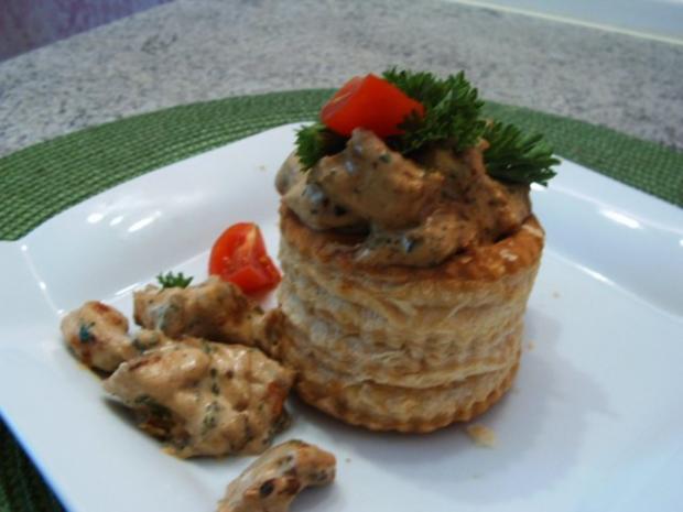 Gefüllte Blätterteig- Pasteten - Rezept