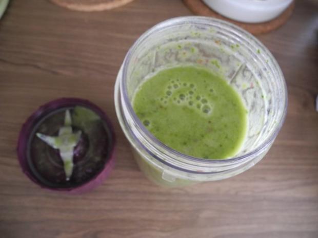 Smoothie : Energie - Smoothie Nr.3 ...ganz in Grün - Rezept