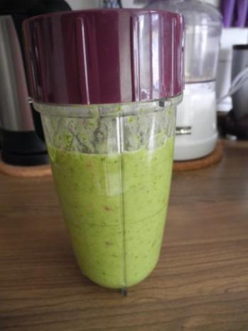 Smoothie : Energie - Smoothie Nr.3 ...ganz in Grün - Rezept - Bild Nr. 2