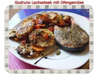 Rezept: Fisch: Lachssteak mit Ofengemüse
