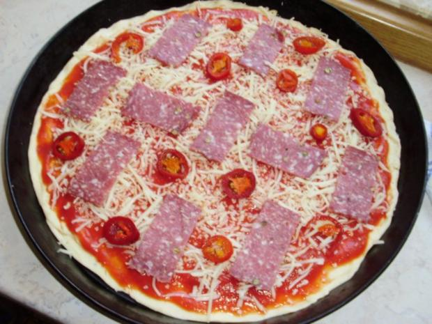 Pizzateig (schnell und einfach) - Rezept - Bild Nr. 4