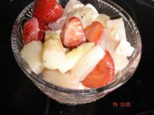 Spargelcocktail mit Hirten-Käse und Erdbeeren - Rezept