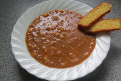 Rezept: Kochen: Auberginensuppe mit Linsen und Mais