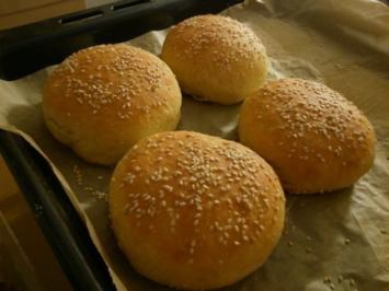 Buns oder Hamburgerbrötchen - Rezept