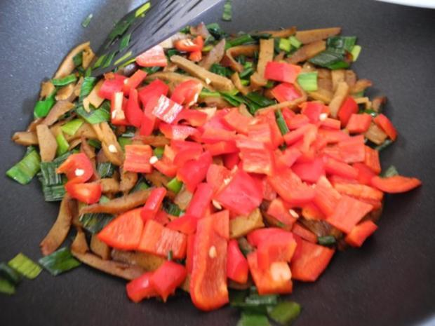 Vegan : Seitan - Pfanne mit Dreierlei-Beilage - Rezept - Bild Nr. 11