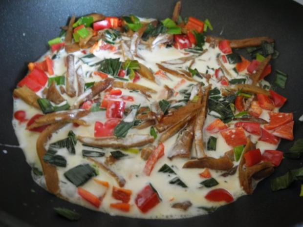 Vegan : Seitan - Pfanne mit Dreierlei-Beilage - Rezept - Bild Nr. 12