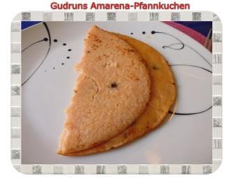 Kuchen: Kokos-Amarena-Pfannkuchen - Rezept