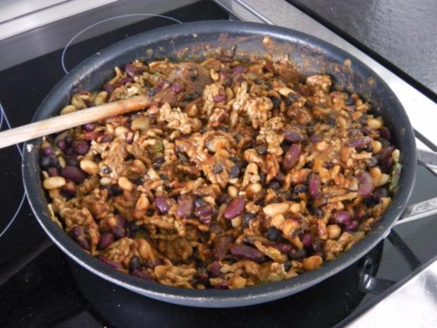 Enchilada mit Chili con carne und Guacamole - Rezept - Bild Nr. 4