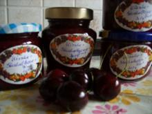 Konfitüre & Co: Kirsch - Stachelbeere mit Zimt - Rezept