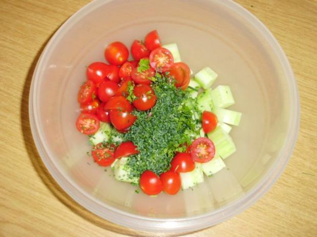 Tomaten-Gurkensalat - Rezept - Bild Nr. 3