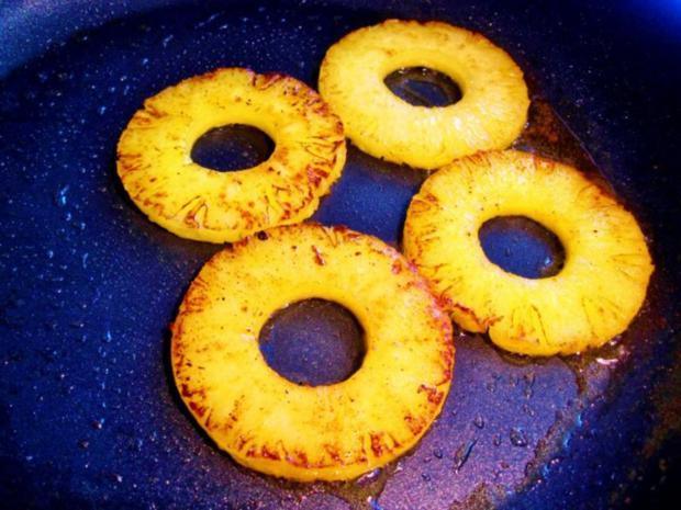 Fruchtige Reis-Beilage in Törtchenform ... - Rezept - Bild Nr. 2