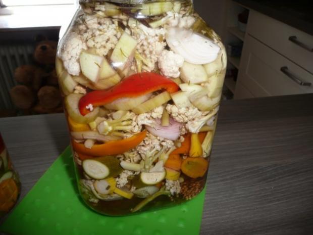 Einmachzeit hat begonnen. Gurken & Gemüse süß - sauer. - Rezept - Bild Nr. 2