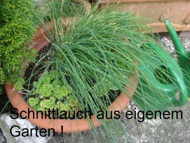 Gemüse-Puffer mit Tomaten-Schnittlauch-Quark - Rezept - Bild Nr. 3