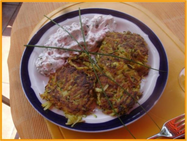 Gemüse-Puffer mit Tomaten-Schnittlauch-Quark - Rezept - Bild Nr. 14