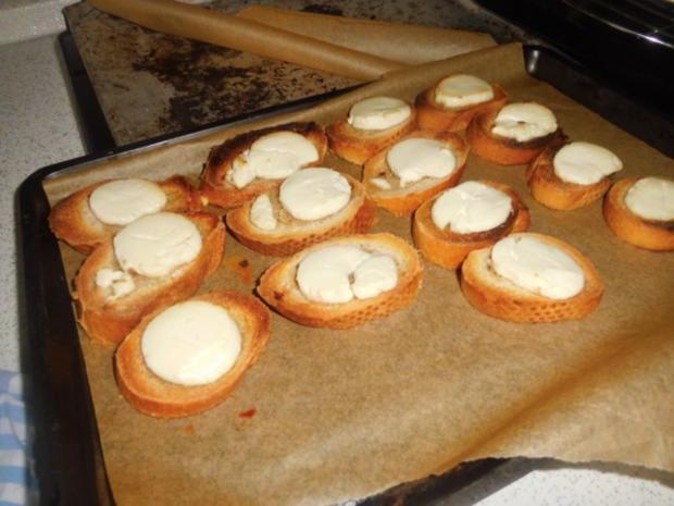 Ziegenkäse Honig Toast mit Salat Garniert - Rezept - Bild Nr. 6