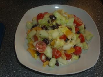 Gemischter Salat mit Cranberrys - Rezept