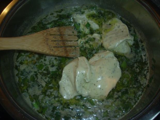 Nudeln mit Kräuter-Käse Soße - Rezept - Bild Nr. 2