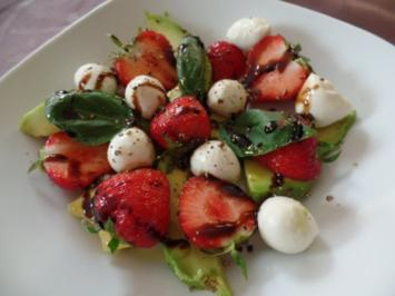 Erdbeer-Avocado-Salat - Rezept