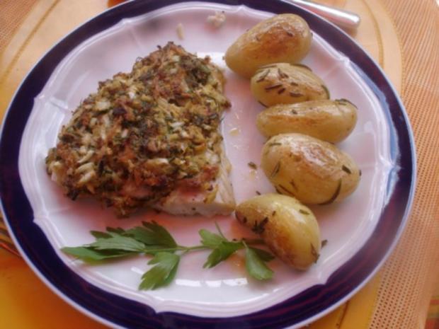 victoriasee barsch filet mit kr uterkruste rosmarinkartoffeln und gemischten salat rezept. Black Bedroom Furniture Sets. Home Design Ideas