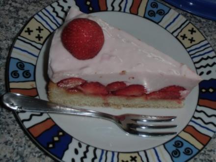 Erdbeer-Jogurt-Quark-Torte - Rezept