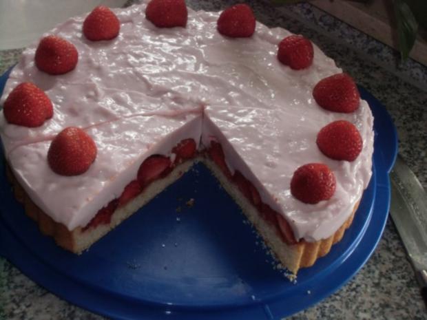 Erdbeer-Jogurt-Quark-Torte - Rezept - Bild Nr. 2