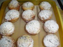 Waldheidelbeerenmuffins mit Schmandhaube - Rezept