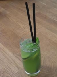 Gurken-Limonade mit Gin - Rezept