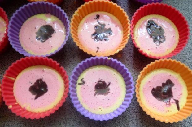 Backen: WM-Muffins :-) - Rezept - Bild Nr. 3