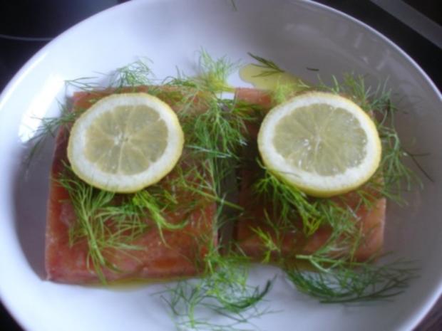 Wildlachs-Filet mit Tomaten-Gurken Salat - Rezept - Bild Nr. 3