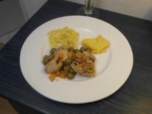 Pollo alla caccia mit  Polenta-Ecken und Gemüse - Rezept