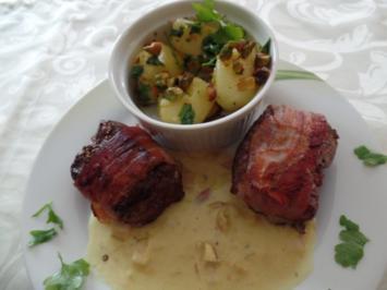 Medaillons mit Curry-Sahne -Sauce und Petersilien -Pistazien -Kartoffeln - Rezept