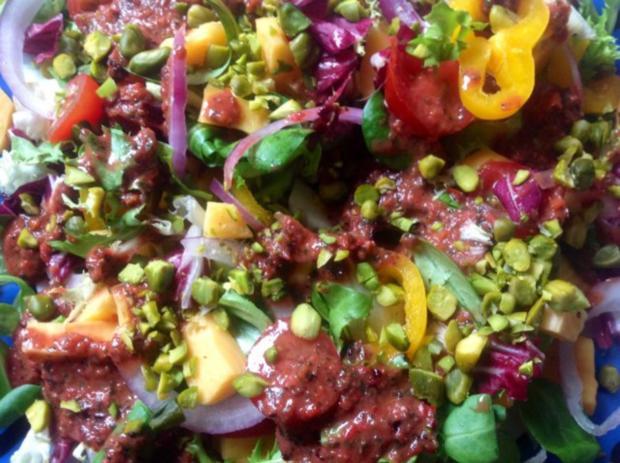 Fruchtiger gemischter Salat mit Käse - Rezept - Bild Nr. 2