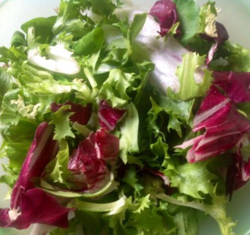 Fruchtiger gemischter Salat mit Käse - Rezept - Bild Nr. 3