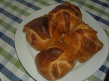 Blätterteig Snack mit Bulettchen und Ziegenkäse - Rezept