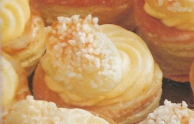 Pastetchen mit Vanilecreme - Rezept