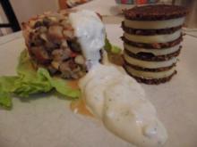 Matjes - Tatar mit Joghurtsoße und Pumpernickel Turm - Rezept