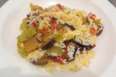 Auflauf: Reis auf gebratenem Gemüse - Rezept